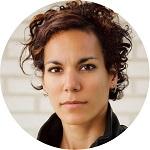 Aïcha Scheuer Social Media Expert Facebook Twitter LinkedIn